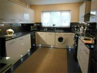 4 bed Detached property in Windsor Close, HEANOR...