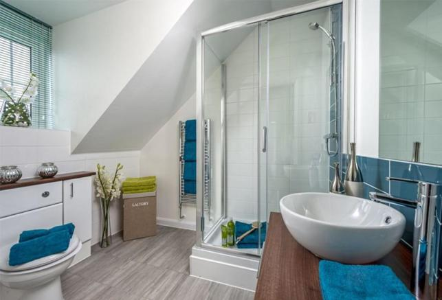 The Woodvale en suite at Kingley Gate