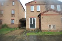 2 bed house in Courtland Grove...