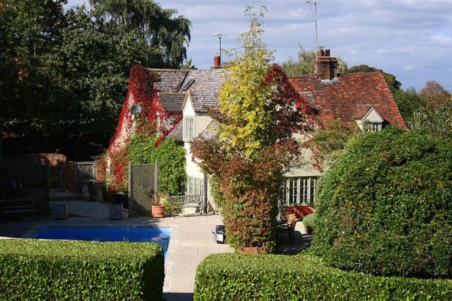 7 Bedroom Detached House For Sale In Thistley Lane Gosmore Hitchin Sg4
