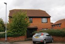 Flat in Cobb Close, Datchet,