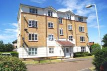 Flat in Cobham Close, Cippenham...