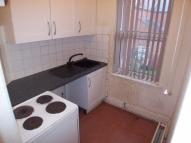 Flat to rent in St. Osburgs Road...