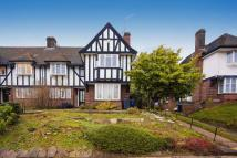 Apartment for sale in Lyttelton Road, London