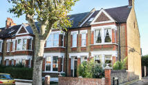 3 bedroom Flat in Woolstone Road...