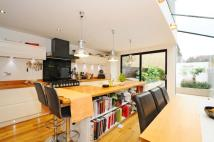 3 bed property to rent in Hubert Grove, Clapham...