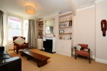 3 bed house in Mordaunt Street Brixton...