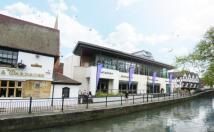 Commercial Property to rent in Waterside North, Lincoln...