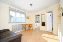 Flat for sale in Popes Lane, Ealing