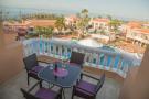 Duplex in Playa de las Americas...