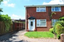 2 bed property in Coppermill Close...