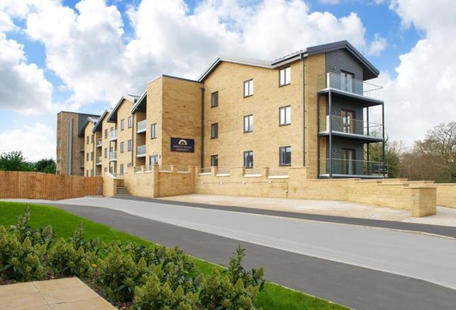 2 Bedroom Apartment For Sale In Pool Road Otley West