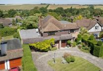 5 bed Detached house in 15 St Martins Drive...