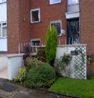 Studio flat to rent in Rosehill Court, Gateacre...