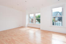 3 bed Apartment in Whitworth Road, London...