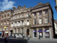 property to rent in 27 Castle Street,
