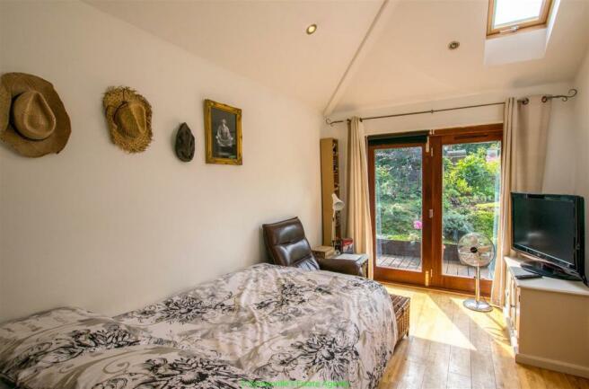 Bedroom Six or Recep