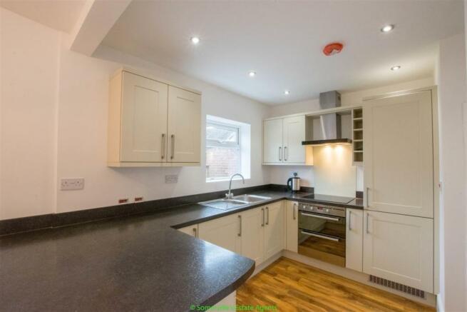 Kitchen & Open Plan