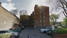 2 bedroom Flat in Haggerston Road, London...