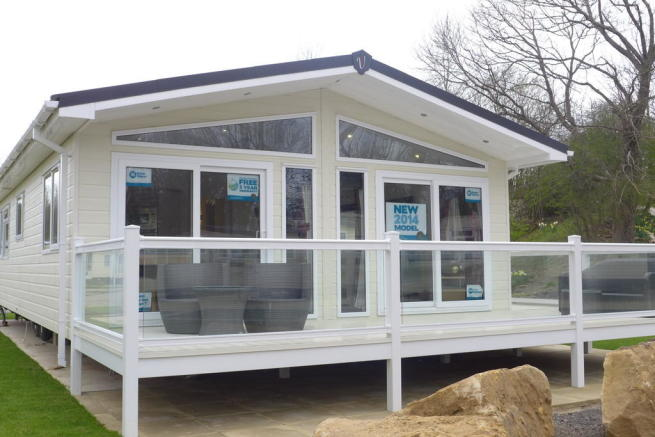 2 bedroom mobile home for sale in yorkshire dales country leisure park harmby leyburn dl8
