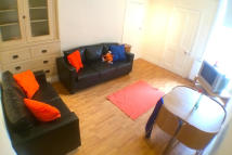 Flat to rent in Rokeby Terrace