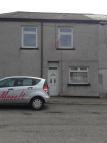 End of Terrace house to rent in Cemetery Road, Treorchy...
