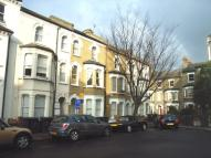 Apartment to rent in Heyford Avenue, Vauxhall...
