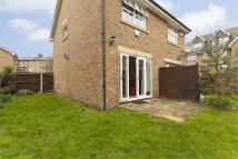 2 bed semi detached house in Johnston Close, Oval