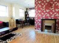 2 bedroom Flat to rent in 114 Commercial Way...