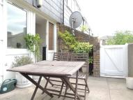 3 bedroom Apartment in Paulet Road, Oval, SE5