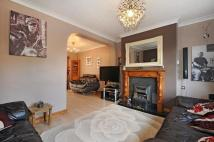 3 bed semi detached house in Tilehurst, Reading