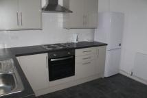 Flat to rent in Glenacre Road...