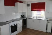 Flat to rent in Glenhove Road...