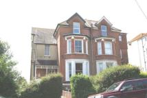 2 bed Ground Flat in Albany Road, Hastings...