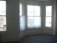 Flat to rent in St. Andrews Square...