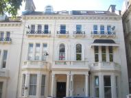 Flat to rent in Magdalen Road, Hastings...