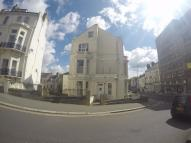 Ground Flat to rent in Cambridge Road, Hastings...