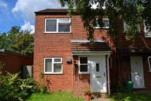 3 bed Town House to rent in Abbots Field, Gravesend