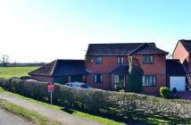 4 bed Detached house in Walnut Road, Bottesford...
