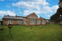 4 bed Detached property in Southgrove, Field Road...