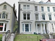 St James Crescent property to rent