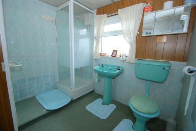 Shower Room .JPG