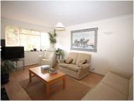 2 bedroom Maisonette in Hilda Vale Close BR6