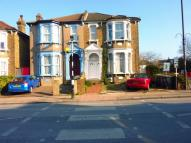 4 bedroom Maisonette in Hither Green Lane