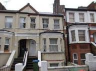 3 bedroom Flat in Griffin Road...