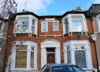 Flat in Selborne Road, Ilford...