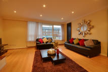 3 bedroom Maisonette to rent in Penn House, Main Avenue...