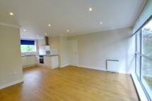 2 bedroom Flat in Lingfield Close...