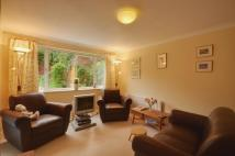 2 bed property to rent in Myrtleside Close...