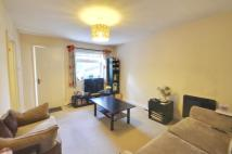 Maisonette to rent in Clive Parade, Northwood...
